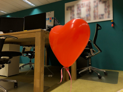 Photo of heart shaped balloon